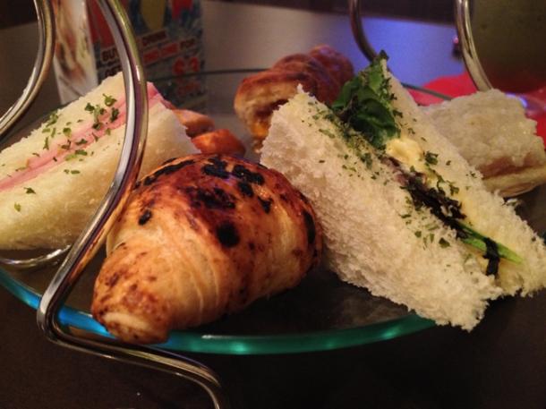 croissant and sandwich